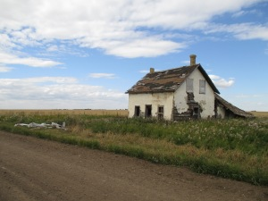 An abandoned house which is visible from Highway 16.